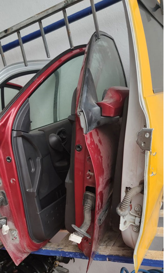 Turan Oto Renault Çıkma